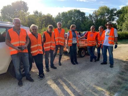 Satisfaction du devoir accompli pour le groupe de Rotariens du club de Cognac